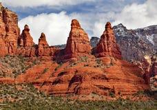 Barranca Sedona Arizona de la roca de las monjas de Madonna Foto de archivo libre de regalías