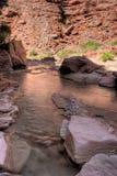 Barranco Barranco-bermellón del río del desierto-Paria de los acantilados de AZ-UT-Paria Fotografía de archivo libre de regalías