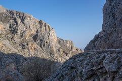 Barranco de la garganta de Kourtaliotiko, isla de Creta, Grecia imagen de archivo libre de regalías