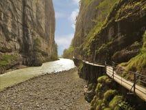 Barranco de Moutain Aare Fotografía de archivo libre de regalías