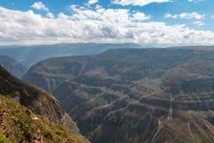 Barranco de Sonche cerca de la ciudad de Chachapoyas Perú Foto de archivo