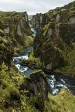 Barranco del rgljúfur del ¡de Fjaðrà en Islandia foto de archivo
