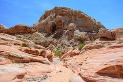 Barranco en el valle del parque de estado del fuego, Nevada, los E.E.U.U. fotografía de archivo