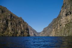 Barranco interior de Sumidero cerca de Tuxtla Gutierrez en Chiapas imagen de archivo