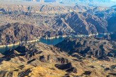 Barranco negro del río y la Presa Hoover fotos de archivo