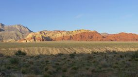 Barranco rojo Las Vegas Nevada, opinión de la roca del panorama almacen de metraje de vídeo
