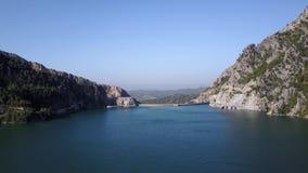 Barranco verde turco hermoso tirado del aire almacen de video
