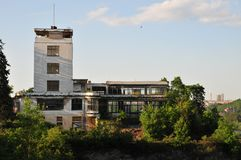 Barrandov大阳台老大厦  库存照片