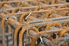 Barras de aço deformadas laminadas a alta temperatura ou barra de aço do reforço Imagens de Stock