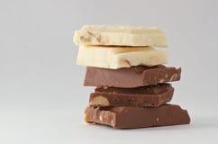 Barras de chocolate blancos y negros Fotografía de archivo libre de regalías