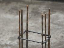 Barras de hierro de acero usadas en la construcción fotografía de archivo