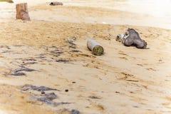 Barras de madera en la arena Fotografía de archivo