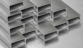 Barras de metal de acero Concepto de la industria de la metalurgia 3D rindió la ilustración stock de ilustración