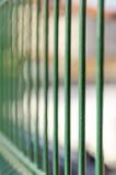 Barras de metal da cerca da cadeia imagens de stock royalty free