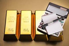 Barras de ouro! Dinheiro e financeiro Fotografia de Stock