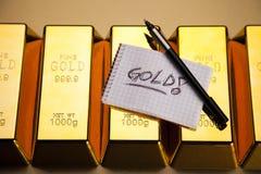 Barras de ouro! Dinheiro e financeiro Fotos de Stock