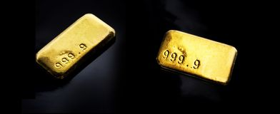 Barras de ouro isoladas foto de stock royalty free