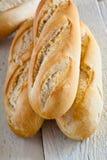 Barras de pan francés Fotos de archivo libres de regalías