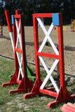 Barras dos obstáculos da equitação para o evento de salto do cavalo Imagem de Stock