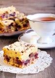 Barras y taza de té fotografía de archivo libre de regalías