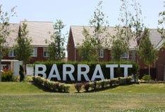 Barratt returnerar logo för tecken för utveckling för nytt hus Fotografering för Bildbyråer
