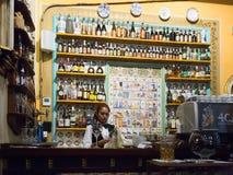 Barre contra do café de Els Quatre Gats em Barcelona, Espanha Imagem de Stock Royalty Free