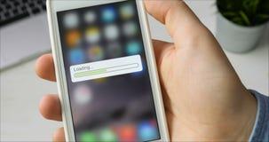 Barre de chargement sur le smartphone clips vidéos