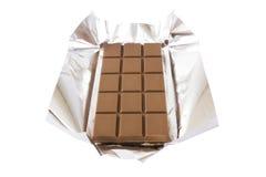Barre de chocolat avec l'aluminium images stock