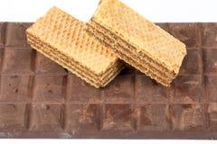 Barre de chocolat foncée de biscuit de gaufrette Images stock
