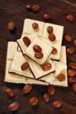 Barre de chocolat noire et blanche de café Images libres de droits