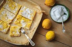 Barre del limone dello Shortcrust Fotografie Stock Libere da Diritti