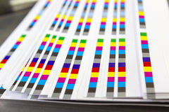 Barre di riferimento di colore del processo di stampa fotografia stock libera da diritti