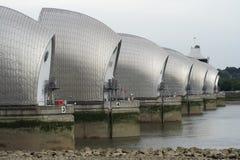 A barreira Londres da inundação de Tamisa Foto de Stock Royalty Free