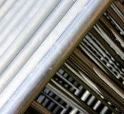 Barreiras e materiais de construção de aço do metal Foto de Stock
