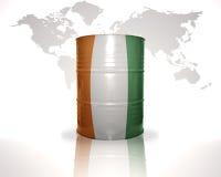 barrel avec le drapeau de divoire de petite ferme sur la carte du monde Photographie stock libre de droits