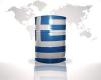 barrel avec le drapeau grec sur la carte du monde Photo libre de droits