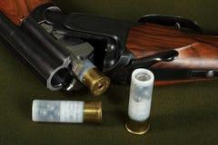 barreled двойное корокоствольное оружие стоковое изображение
