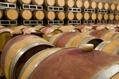 barrels вино погреба barrique Стоковая Фотография