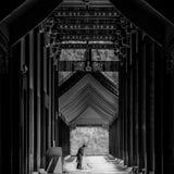 Barrenderos del templo foto de archivo
