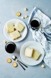 Barres blanches de banane de chocolat Photographie stock