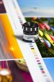 Barres de correction de couleur sur la feuille d'impression de compensation photos libres de droits