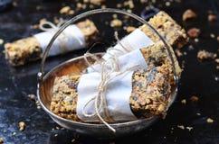Barres de granola délicieuses photos libres de droits
