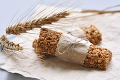 Barres de Muesli avec l'oreille de blé Photo libre de droits