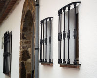Barres en métal sur les fenêtres Photos stock