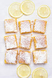 Barres et tranches de citron Photo stock