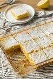 Barres faites maison douces de citron image libre de droits