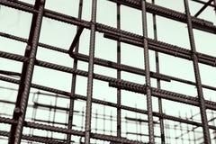 Barres rouillées de renfort en métal Renforcement des barres d'acier pour l'armature de construction Photo stock