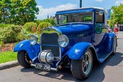 Barretta calda Ford blu Fotografie Stock