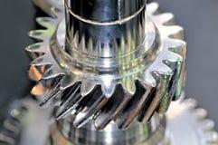 Barretta d'acciaio con una filettatura e un dettaglio rotondo del metallo Fotografia Stock Libera da Diritti