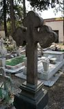 Barretta di pietra in una tomba fotografia stock libera da diritti